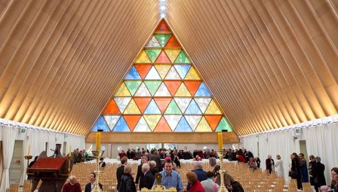 Ridcardboard cathedral desaster recovery shigeru ban people anderson