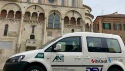 ANT TI ACCOMPAGNA - Pulmino Rosa: un nuovo mezzo attrezzato per ANT  grazie a Carta Etica UniCredit, DSV e Lions Club Castelnuovo Rangone