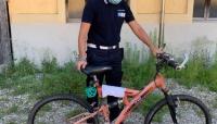 Cinque furti di bici a Busseto: la polizia locale identifica i responsabili