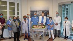 """Un grazie di """"cuore"""" dall'Associazione Reggio Ricama 470 cuori di stoffa ricamati realizzati dalle socie per farne dono alle equipe del Santa Maria Nuova impegnate nell'assistenza nei settori Covid"""