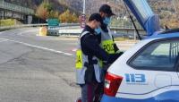 Ruba un cellulare su un autobus: arrestato dalla Polizia di Stato