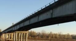 Ponte Guastalla-Dosolo vietato ai mezzi pesanti